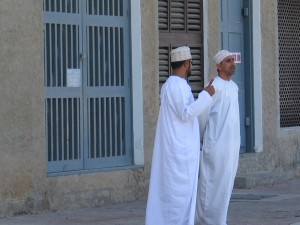 6_Omani men in their dishdashas