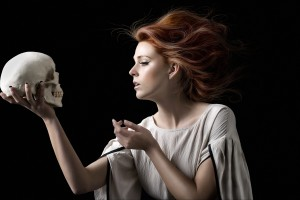 IMAGE © Alexia Sinclair 'Hamlet's contemplation II' (Plain) 2008